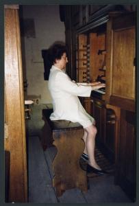 Marie-Claire ALAIN à l'orgue